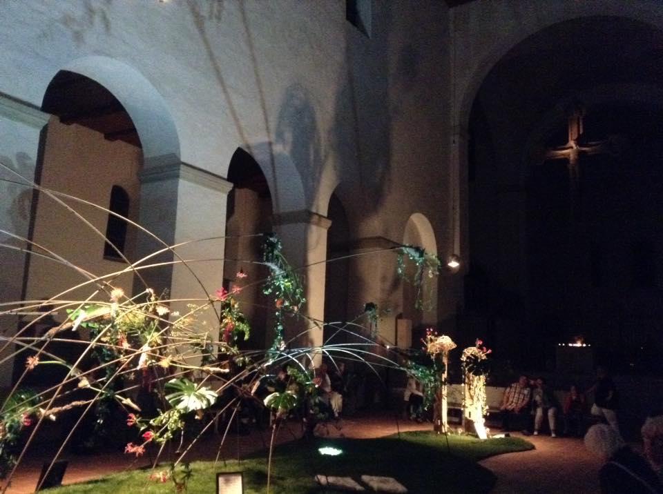 ハルバーシュタッド夜の教会イベント2015年フラワーアレンジメントの展示