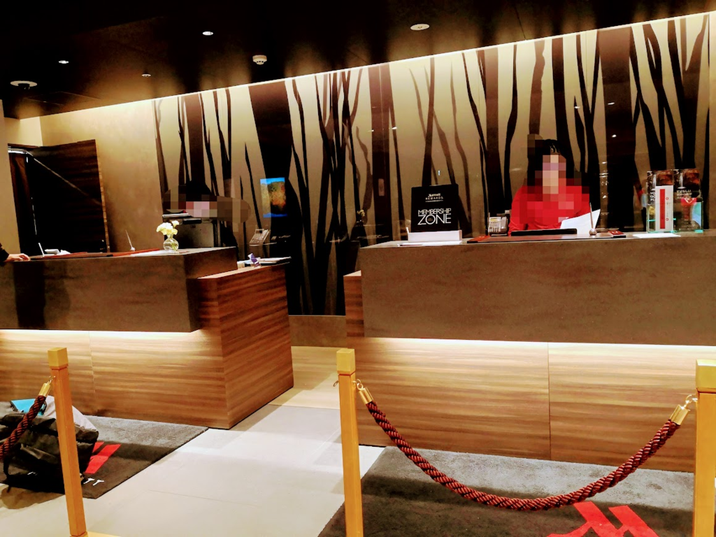 軽井沢マリオットホテルのフロント