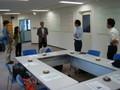 神戸アイライト協会の見学会で館内の説明を受ける