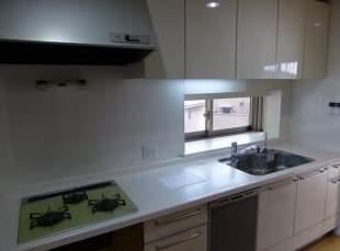西宮マリナパークシティ港のまちハーバーヴィラ(3階部分・115.96㎡) キッチン②