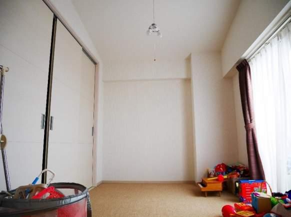 日商岩井芦屋ガーデンヒルズD棟(5階部分・92.53㎡) 洋室