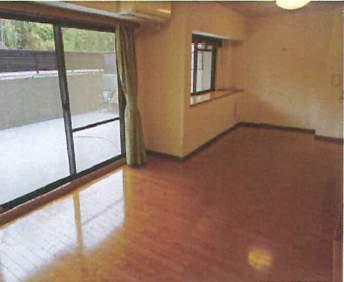 ロイヤルアーク芦屋2(4階部分・79.89㎡) LDK