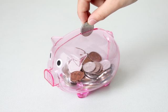 ブタの貯金箱の画像