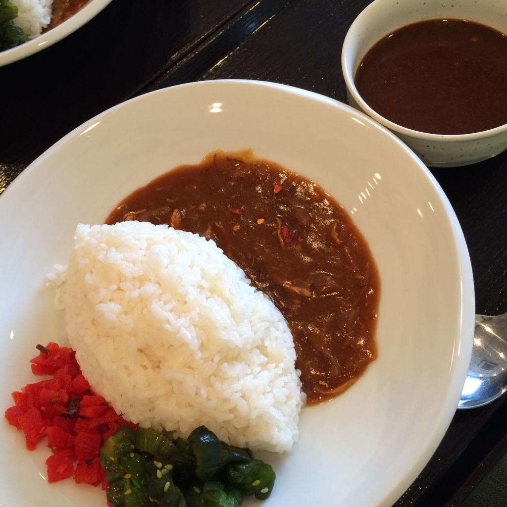 西新宿でカレーランチをしたい時に!「さすらい屋」の激辛カレースターターキットと、2種類の漬物