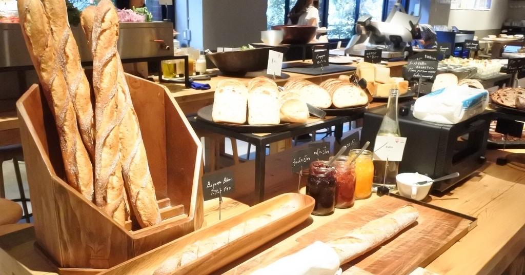 MORETHAN DINING(モアザンダイニング)のランチブッフェのパン