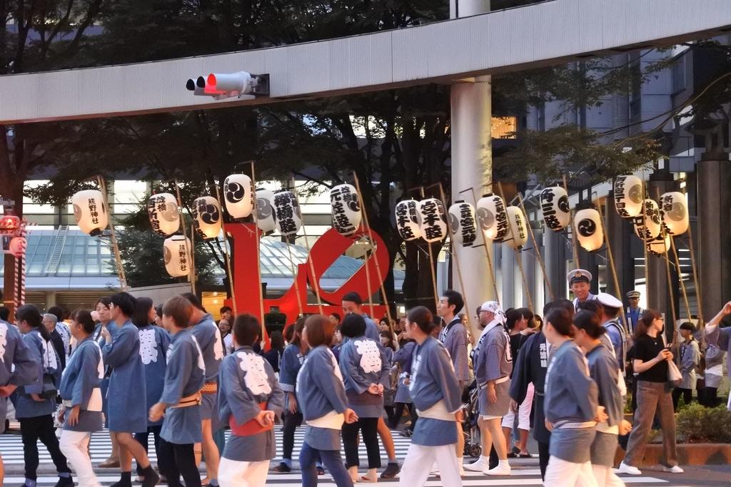 熊野神社例大祭2018年9月16日、アイランド新宿LOVEオブジェ前