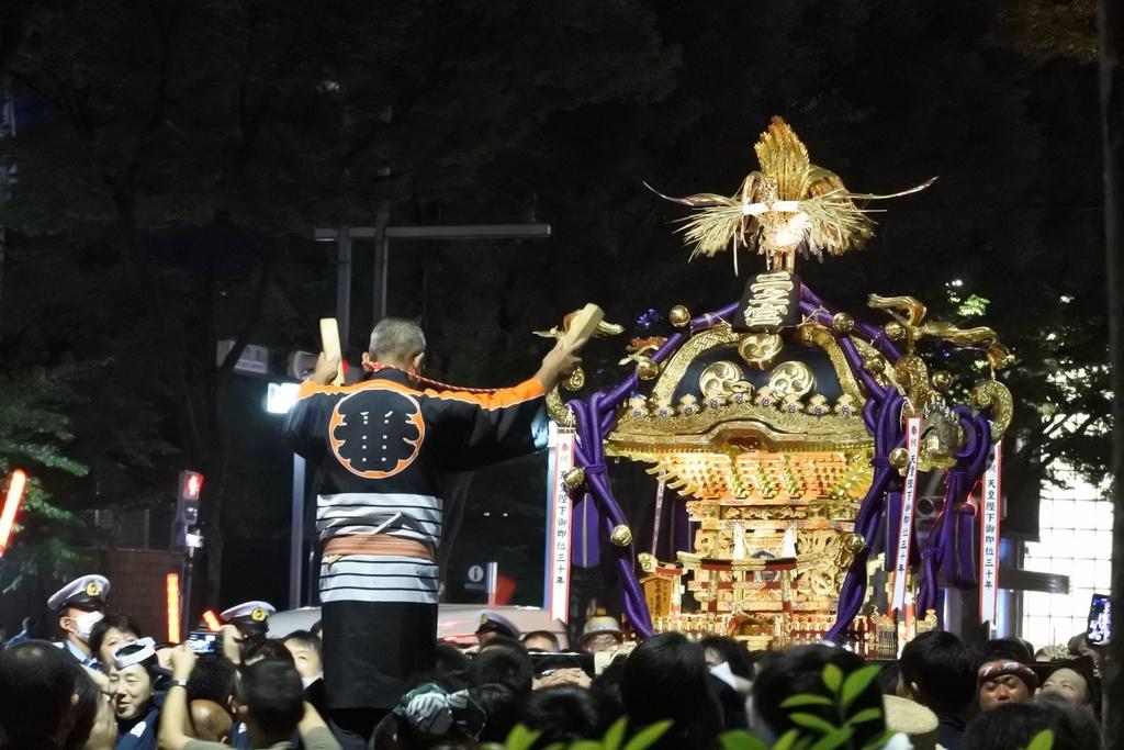 熊野神社例大祭2018年9月16日、ヒルトン東京前