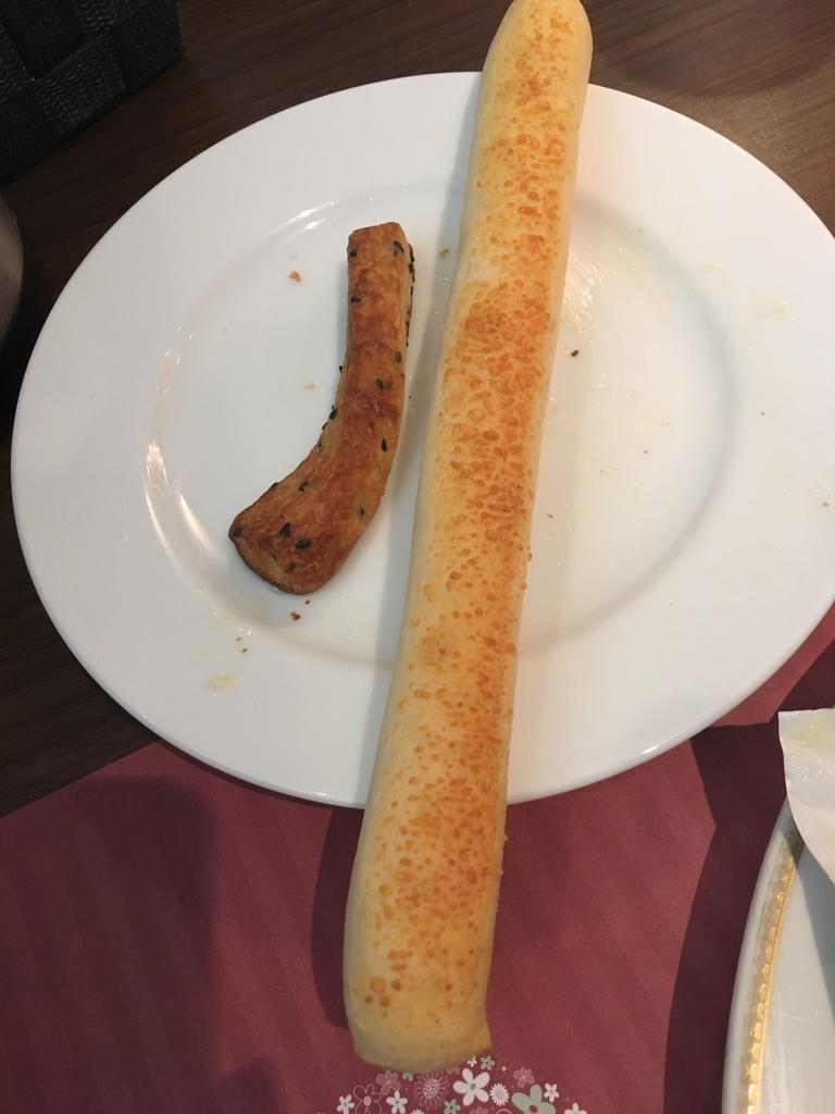 サンマルクレストラン 新宿(小田急ハルク内にある、ベーカリーレストラン)のパン食べ放題