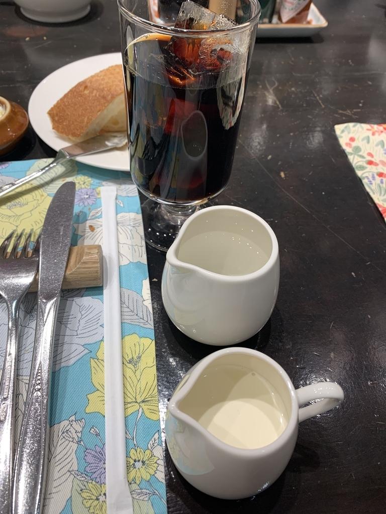 新宿の「レストラン墨繪(墨絵・すみのえ)」、ランチのドリンク(アイスコーヒー)