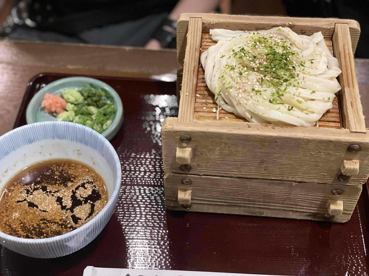 【西新宿】「三国一 アイランドイッツ店」の担担胡麻うどん