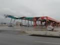 大震災から9カ月後の仙台 荒浜地区(ガソリンスタンド)