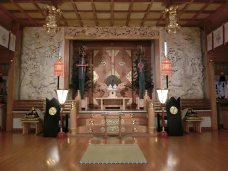 西野神社本殿 随神木彫取付直後