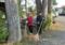 敬神婦人会の境内清掃