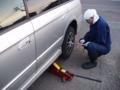 冬タイヤに交換する作業