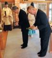 西野神社拝殿での玉串拝礼