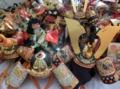 人形供養祭に向けて西野神社に納められた兜