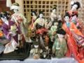 人形供養祭に向けて各地から西野神社に集結する人形達
