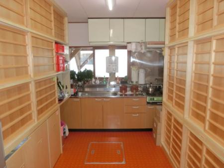 西野神社社務所 台所(平成29年4月)