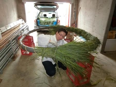 平成29年 西野神社夏越大祓「茅の輪」作成作業