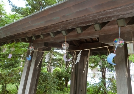 西野神社 手水舎の風鈴