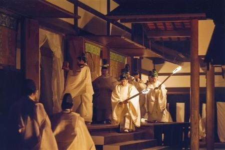 平成25年に斎行された宮中での新嘗祭