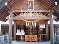 西野神社拝殿向拝と鈴緒3本