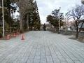 雪融けが進んだ3月下旬の西野神社境内
