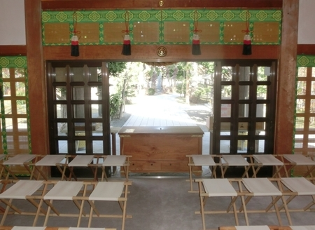 西野神社 拝殿内