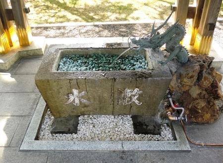 令和2年4月 西野神社手水舎(感染症対策仕様)
