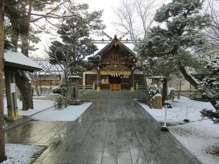 令和2年11月23日 西野神社早朝の境内