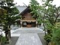 西野神社の拝殿正面(やや上方から)