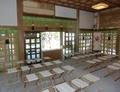 西野神社の拝殿内(本殿側から)