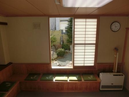 御祈祷控室(社務所内)