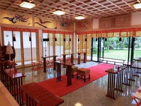 西野神社 儀式殿内