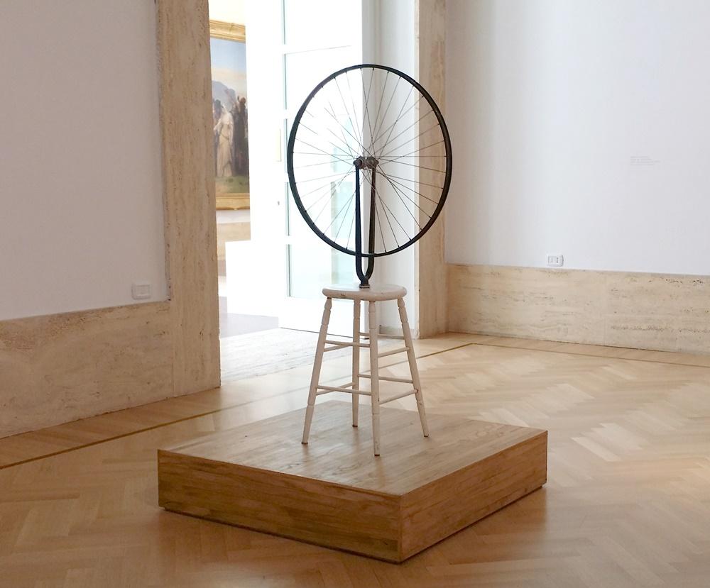 ローマ国立近代美術館のデュシャンの車輪