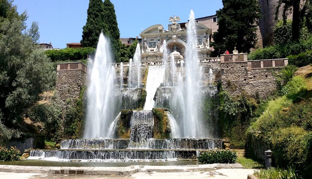 ネットゥーロの噴水