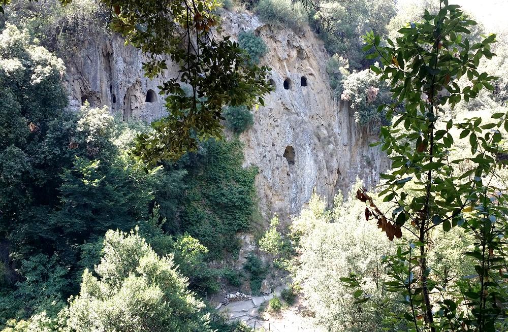 グレゴリウス法王の別荘の洞窟