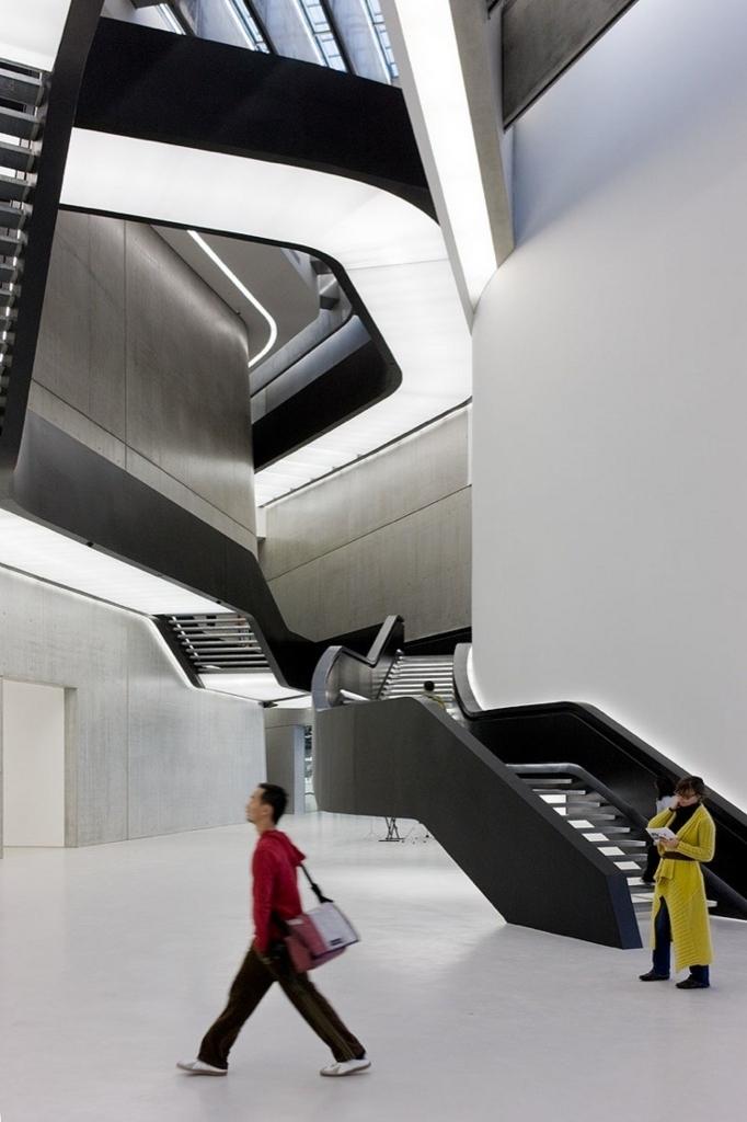 イタリア国立21世紀美術館内部