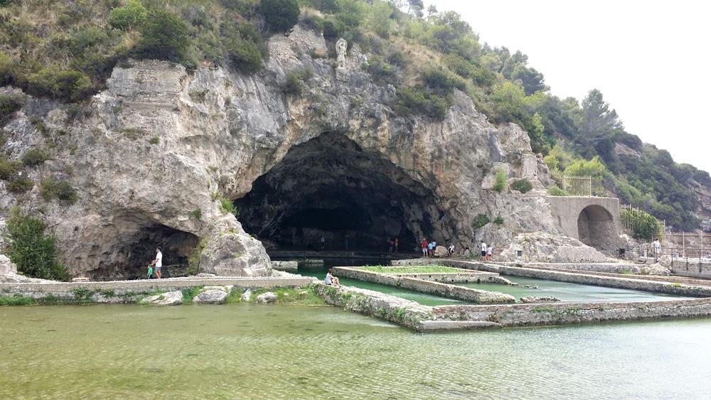 ティベリウスの洞窟