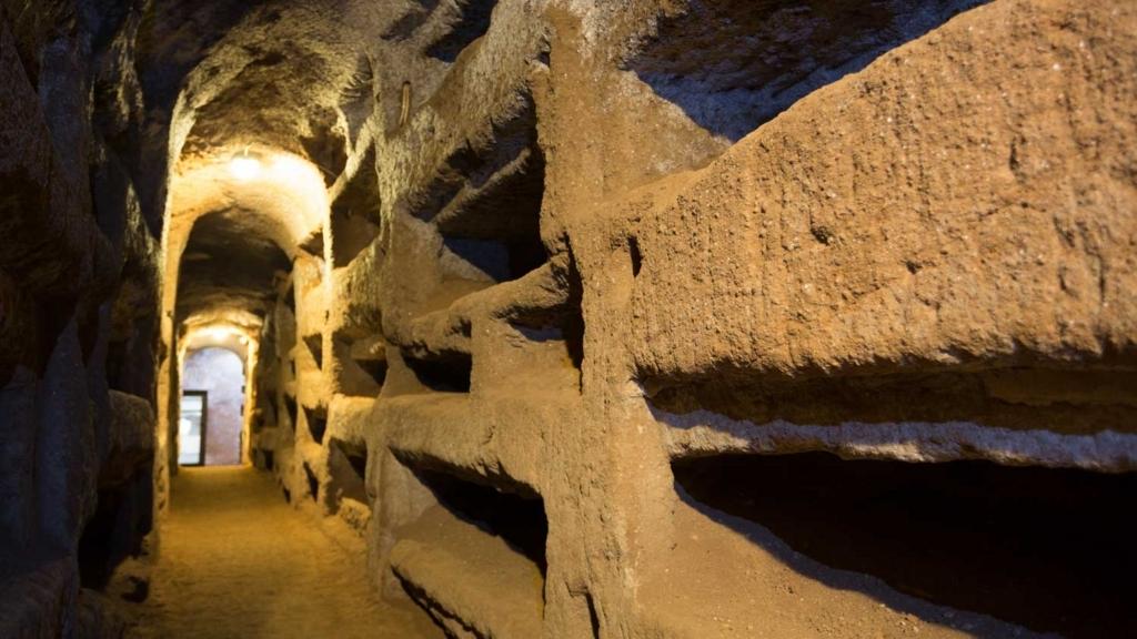 サン・セバスティアーノのカタコンベ内部