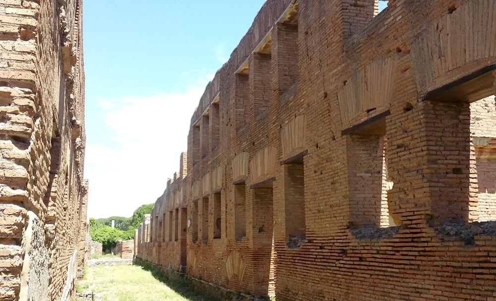 オスティア・アンティカの古代マンション