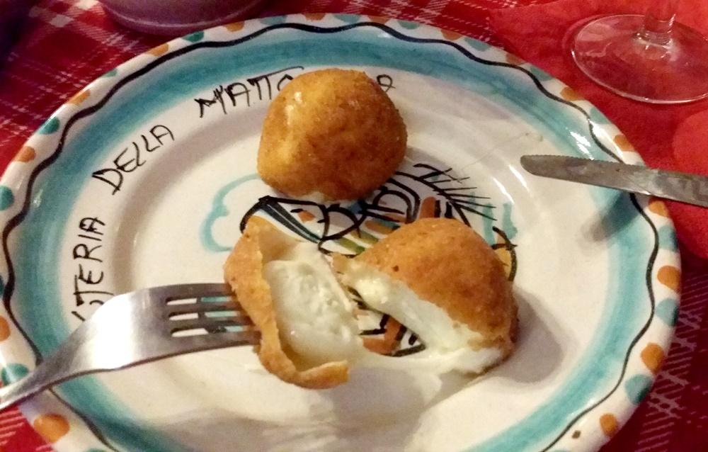 モッツアレラチーズのフライ