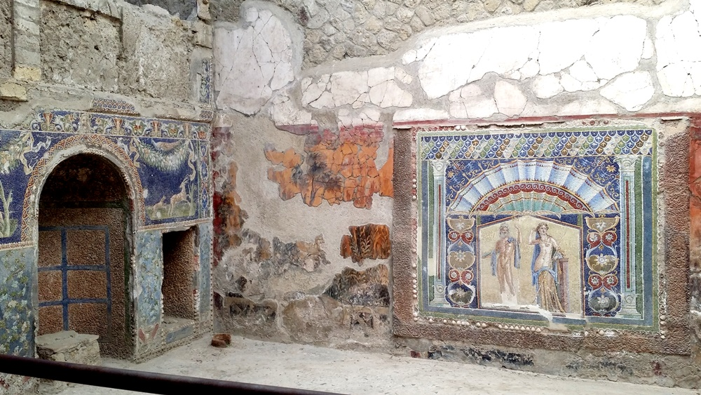 エルコラーノ遺跡の屋内噴水