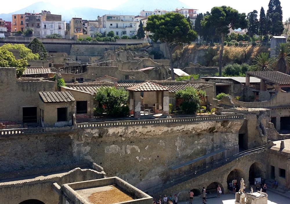 エルコラーノ遺跡の浴場のテラス
