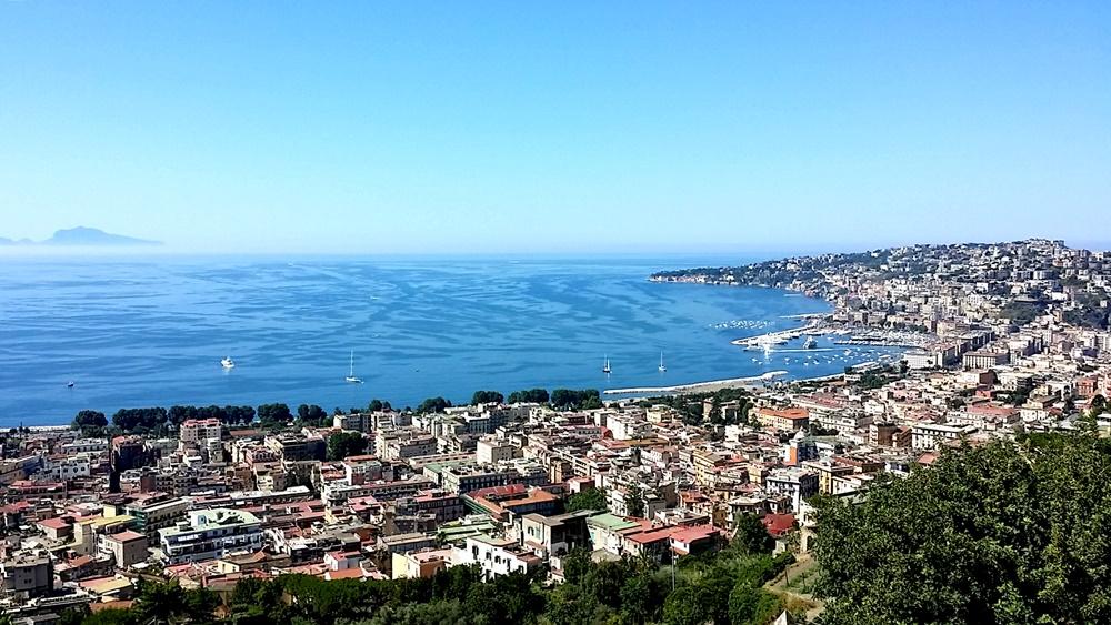 国立サン・マルティーノ美術館からのナポリ全景