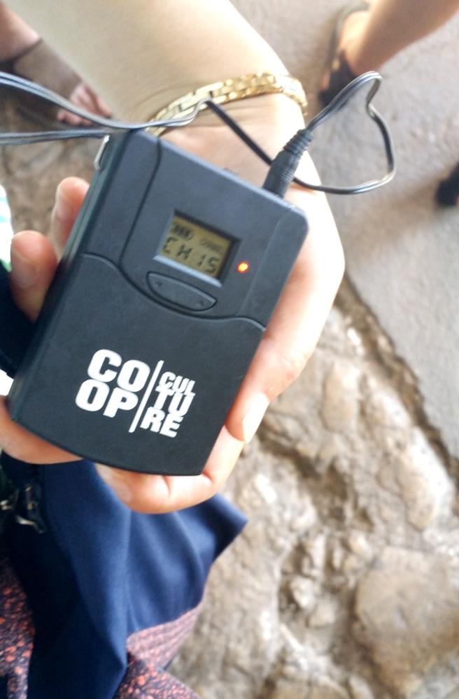 コロッセオ地下ツアーの無線
