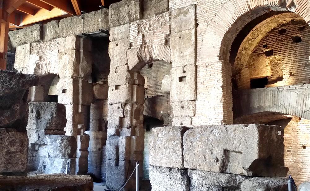 コロッセオの地下