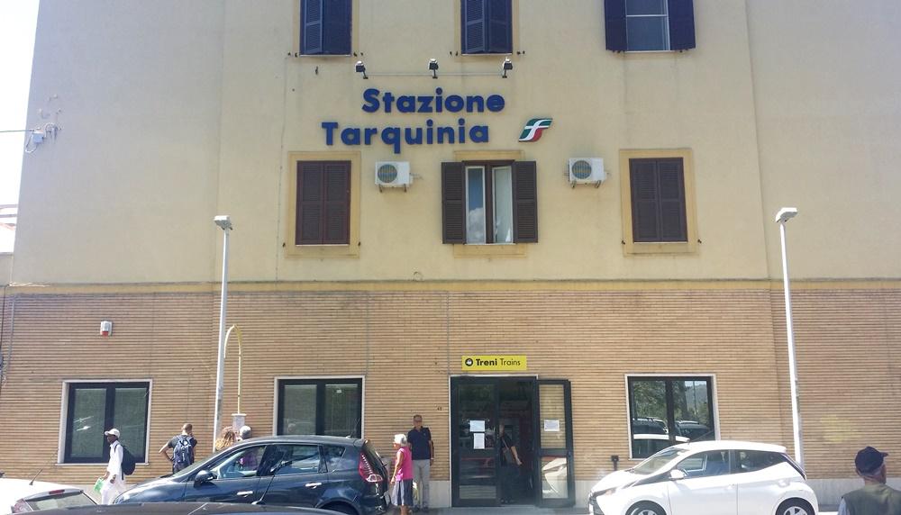 タルクィニア駅