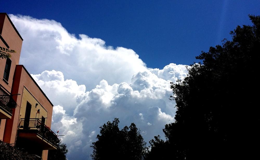 タルクィニアの空