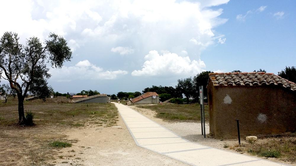 死者の町ネクロポリ
